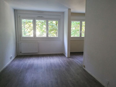 APPARTEMENT TYPE 1 PIRMIL